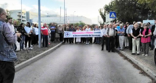 Enfermeiros e utentes manifestam-se contra o encerramento de unidades de saúde do Alentejo