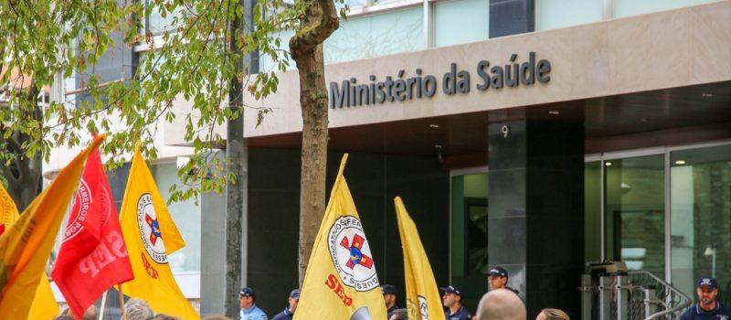 Ministra da Saúde pede desculpas aos enfermeiros